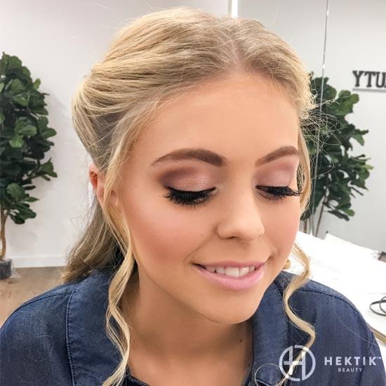 soft neutral glam bridal makeup look 2